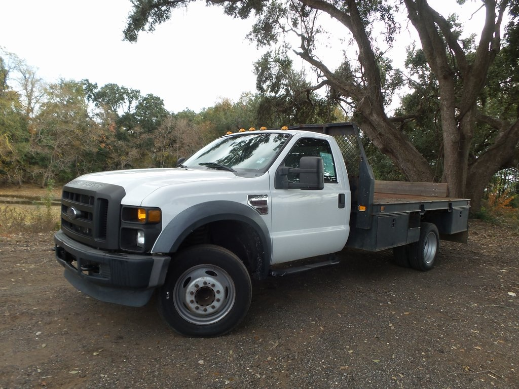 Pre-Owned 2009 Ford F-550SD XL