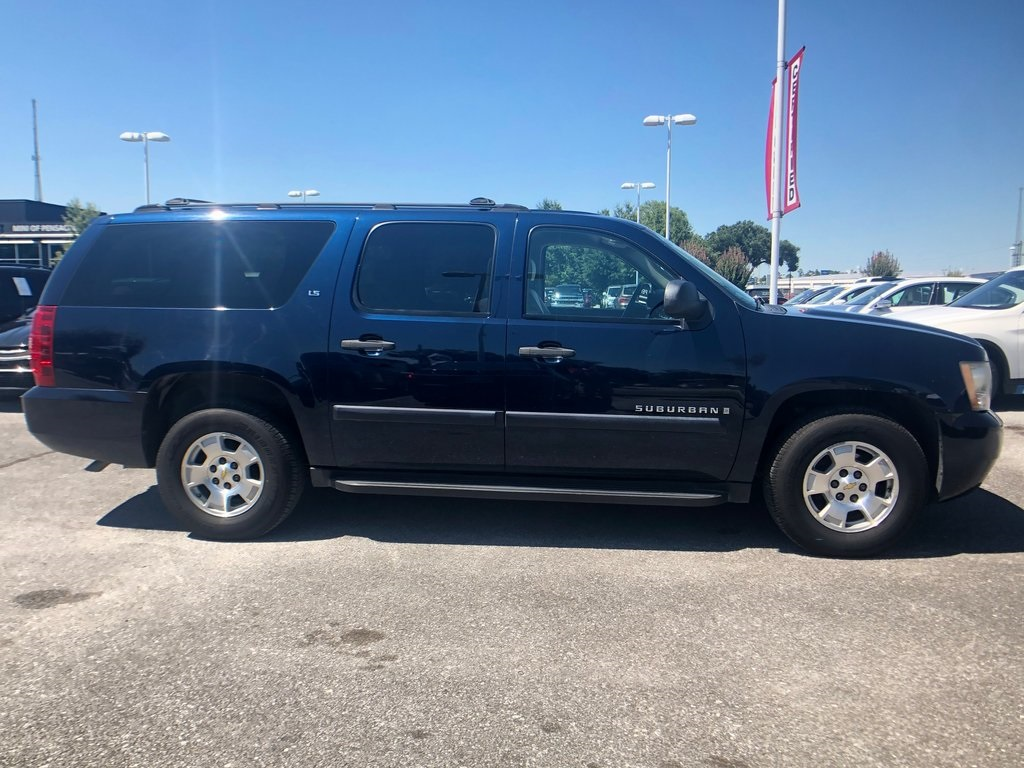 Pre-Owned 2007 Chevrolet Suburban 1500